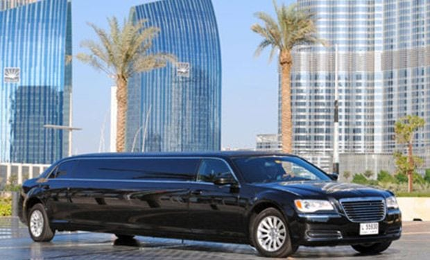 limousine pickup to charter location in dubai