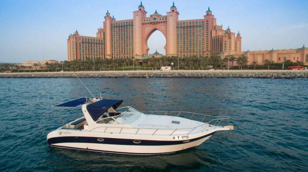 private yacht tour dubai